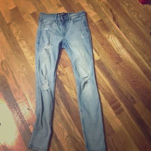 Hollister ripped jeans high waisted super skinny